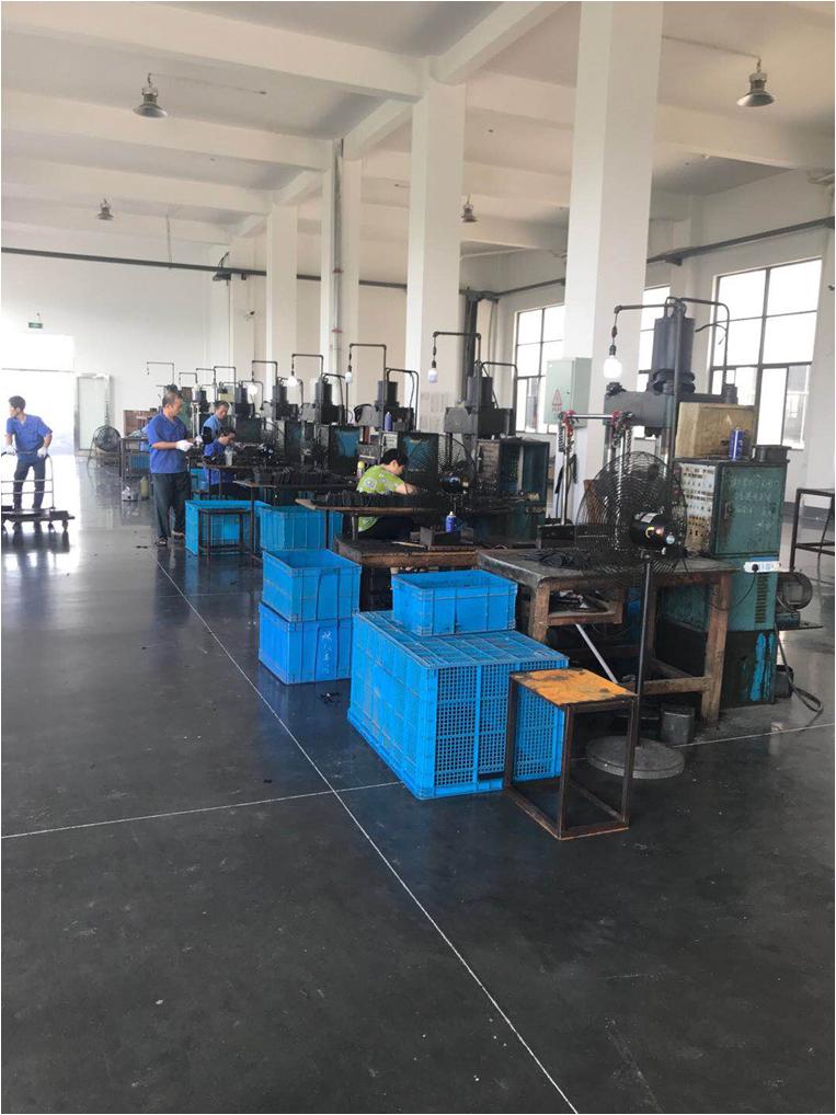 生产制造汽车转向系统零部件以及工程机械部件的民营企业